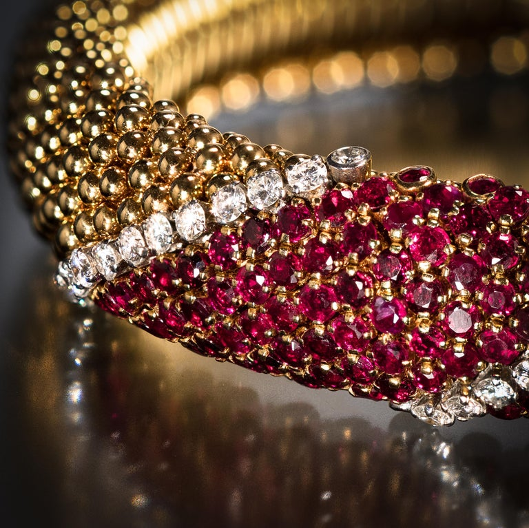 "Van Cleef & Arpels Ruby and Diamond ""Pelouse"" Bracelet In Excellent Condition For Sale In Boston, MA"