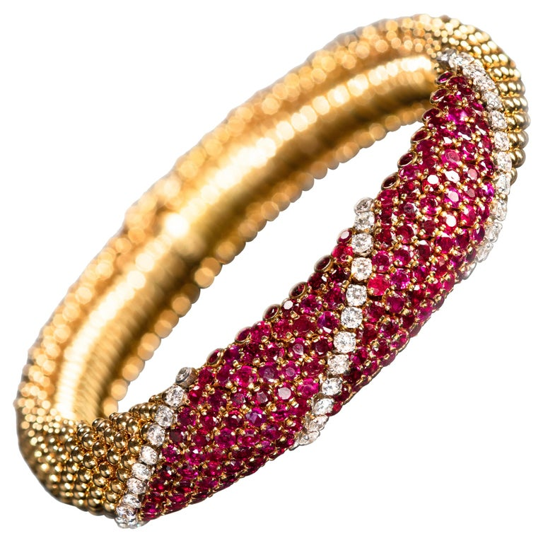 "Van Cleef & Arpels Ruby and Diamond ""Pelouse"" Bracelet For Sale"