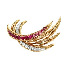 Van Cleef & Arpels Ruby and Diamond Ray Brooch, 18k Yellow Gold