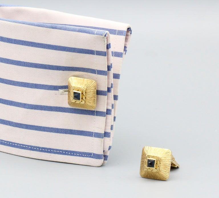 Van Cleef & Arpels Sapphire 18 Karat Gold Midcentury Cufflinks For Sale 2