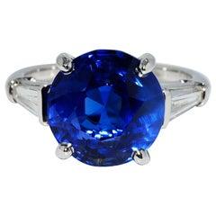 Van Cleef & Arpels Sapphire and Diamond Platinum Ring