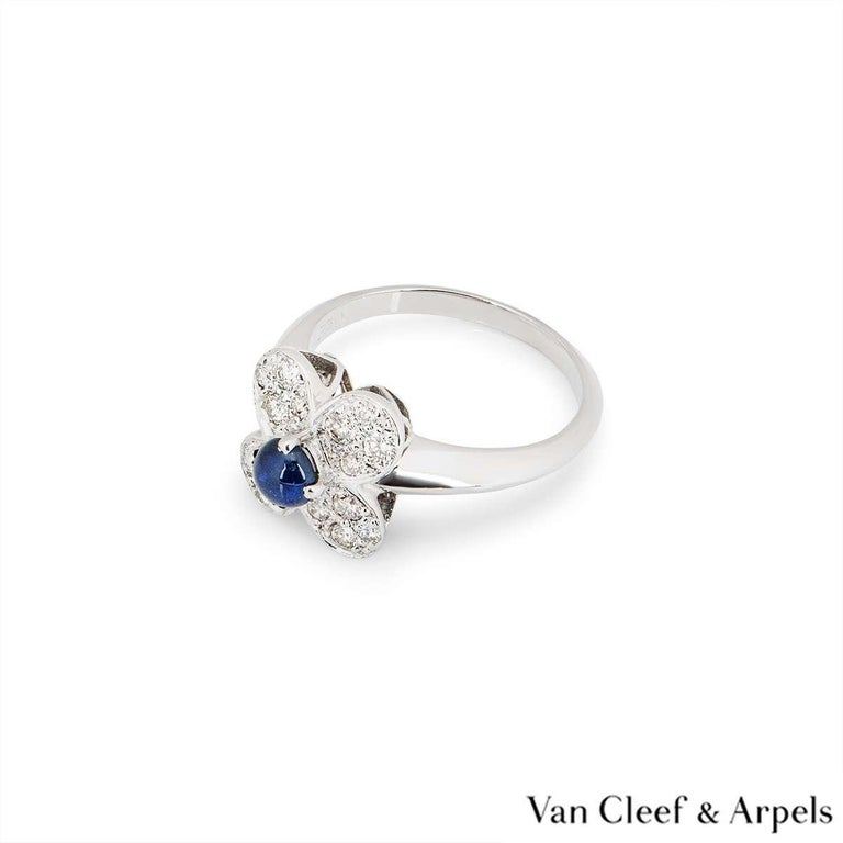 Van Cleef & Arpels Sapphire and Diamond Alhambra Ring In Excellent Condition For Sale In London, GB