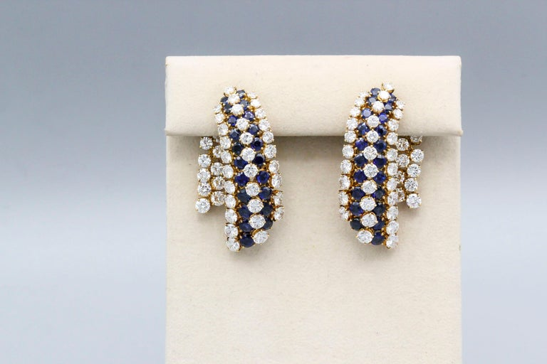 Round Cut Van Cleef & Arpels Sapphire, Diamond and Gold Ear Pendant Earrings For Sale
