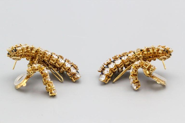 Women's Van Cleef & Arpels Sapphire, Diamond and Gold Ear Pendant Earrings For Sale