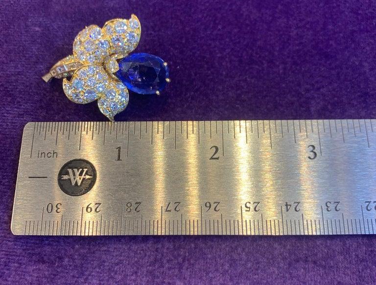 Van Cleef & Arpels Sapphire & Diamond Flower Earrings For Sale 5