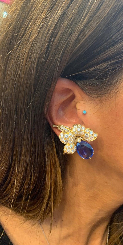 Van Cleef & Arpels Sapphire & Diamond Flower Earrings For Sale 2