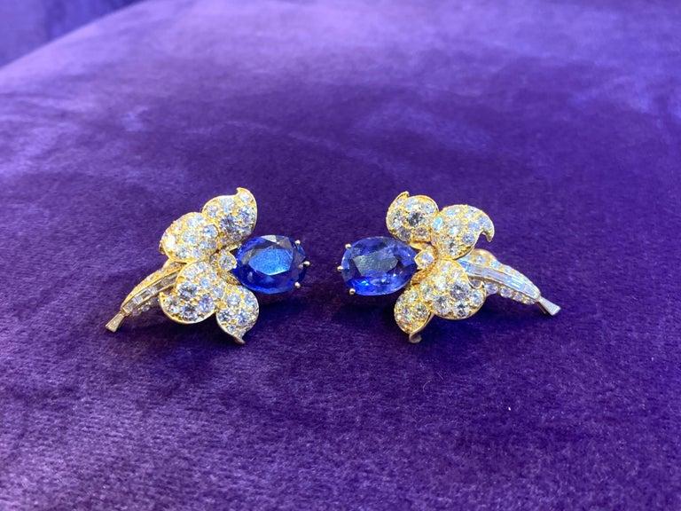 Van Cleef & Arpels Sapphire & Diamond Flower Earrings For Sale 4