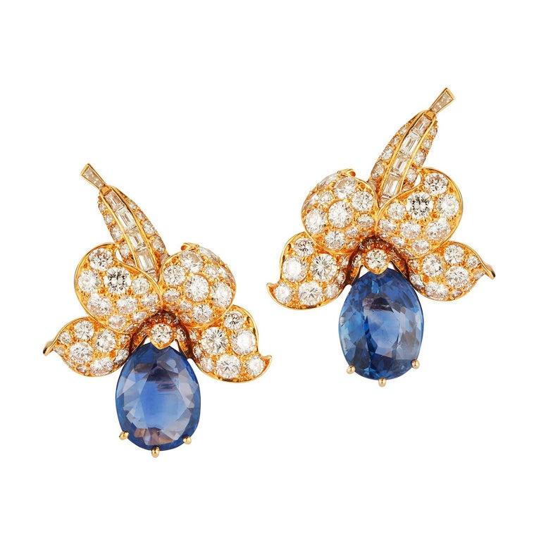 Van Cleef & Arpels Sapphire & Diamond Flower Earrings For Sale