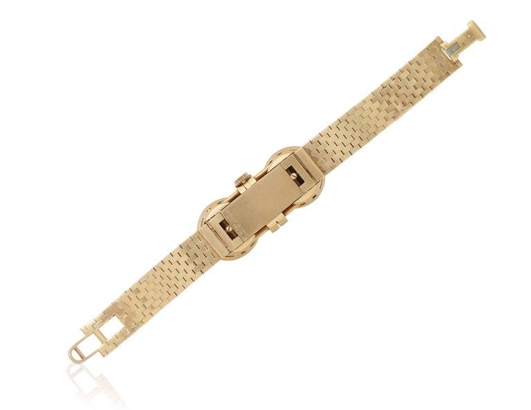 Round Cut Van Cleef & Arpels Sapphire Diamond Yellow Gold Retro Mystery Watch-Bracelet For Sale