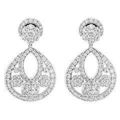 Van Cleef & Arpels Snowflake Earrings VCARO3RJ00
