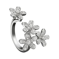 Van Cleef & Arpels Socrates between the Finger Diamond White Gold Ring