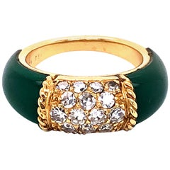 Van Cleef & Arpels Stacking Philippine Ring, Chrysoprase, Diamonds, Yellow Gold