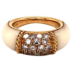 Van Cleef & Arpels Stacking Philippine Ring, Diamonds, White Coral, Yellow Gold