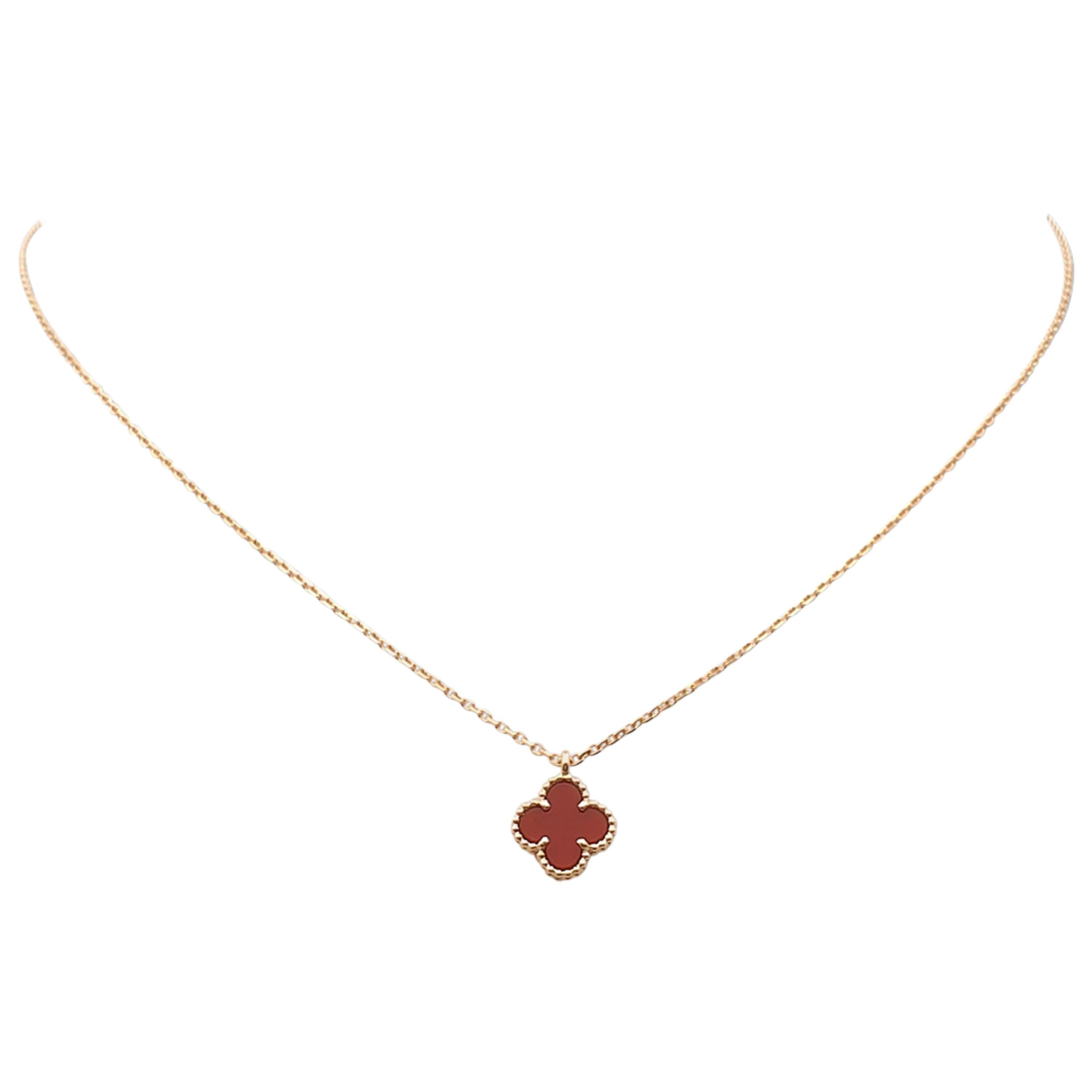 Sweet Alhambra Necklace