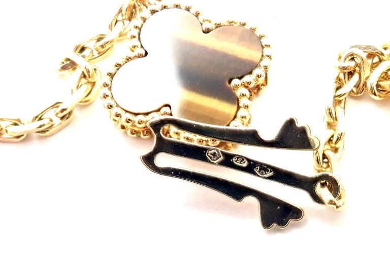 Women's or Men's Van Cleef & Arpels Tiger Eye Carnelian 16 Motif Magic Alhambra Gold Necklace For Sale