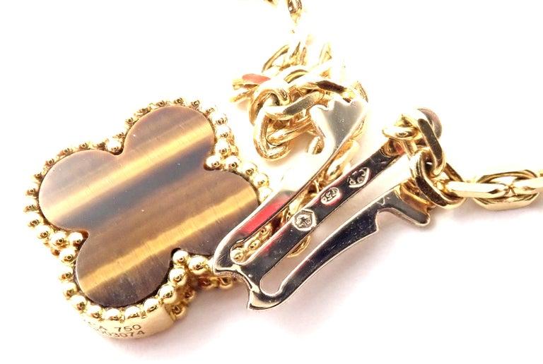 Van Cleef & Arpels Tiger Eye Carnelian 16 Motif Magic Alhambra Gold Necklace For Sale 2