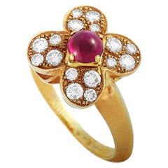 Van Cleef & Arpels Trefle 18K Gold 0.46 Carat Diamond and Cabochon Ruby Ring