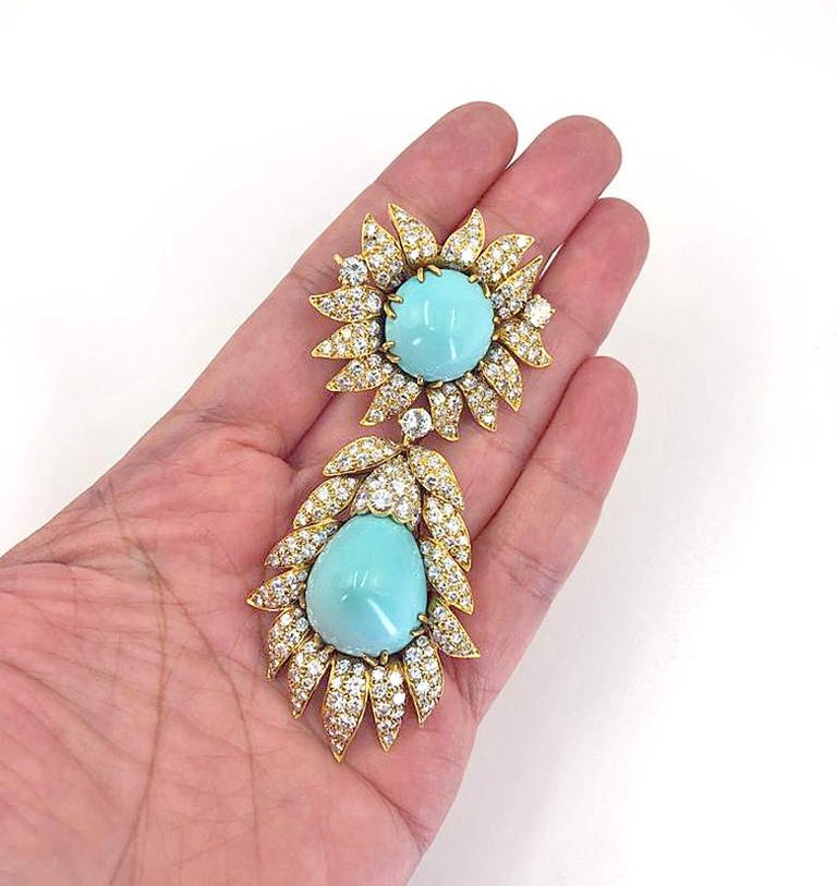 Van Cleef & Arpels Turquoise Convertible Pendant Brooch In Good Condition For Sale In New York, NY