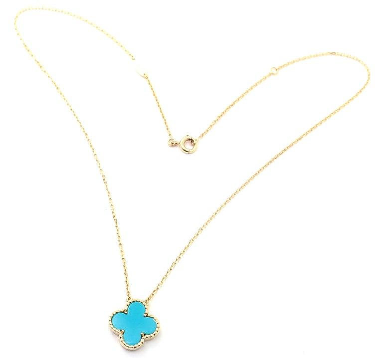 Women's or Men's Van Cleef & Arpels Turquoise Vintage Alhambra Yellow Gold Pendant Necklace For Sale