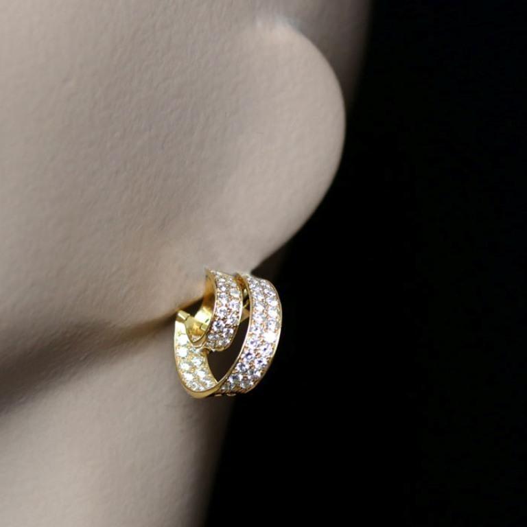 Van Cleef & Arpels, Twin Hoop Diamond Earrings, 1980 In Excellent Condition For Sale In London, GB