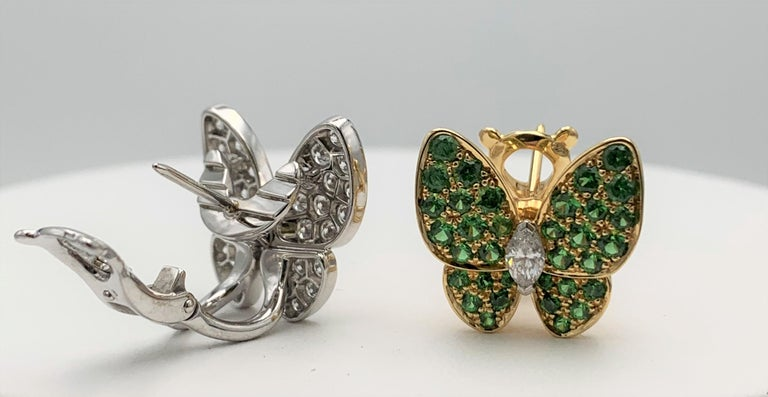 Van Cleef & Arpels Two Butterfly Gold Diamond and Tsavorite Earrings In Excellent Condition For Sale In New York, NY