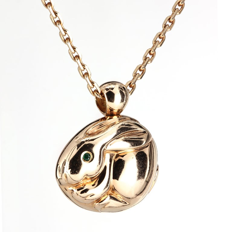 Authentic Van Cleef & Arpels 18K yellow gold necklace with a massive Rabbit Charm Pendant hallmark stamps and serial numbers( VCA and 18K) on both the pendant and the chain. 30 x 28 x 11 mm 16.4 in 32.5 g Pre-owned No box, no papers.