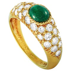Van Cleef & Arpels Vintage 18 Karat Gold 0.86 Carat Diamond and Emerald Ring