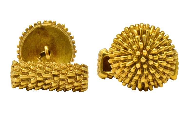 Women's or Men's Van Cleef & Arpels Vintage 18 Karat Gold French Men's Cufflinks For Sale
