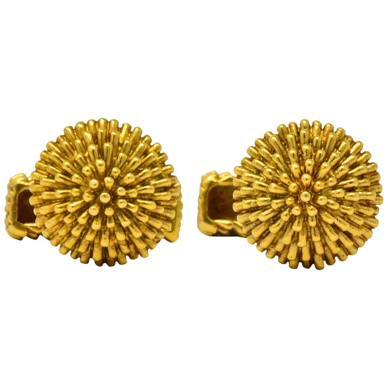 Van Cleef & Arpels Vintage 18 Karat Gold French Men's Cufflinks For Sale