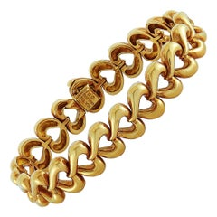 Van Cleef & Arpels Vintage 18 Karat Yellow Gold Heart Link Bracelet