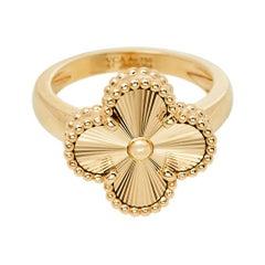 Van Cleef & Arpels Vintage Alhambra 18k Yellow Gold Ring Size 51