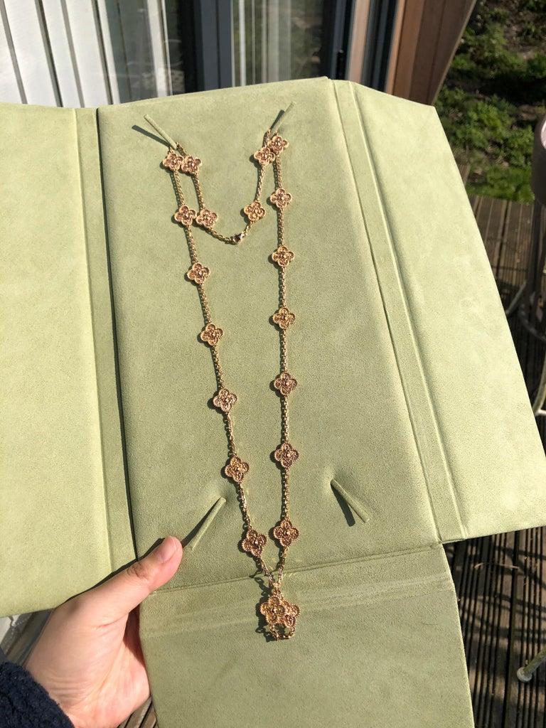 Women's or Men's Van Cleef & Arpels Vintage Alhambra 20 Motifs 18K Rose Gold Long Necklace
