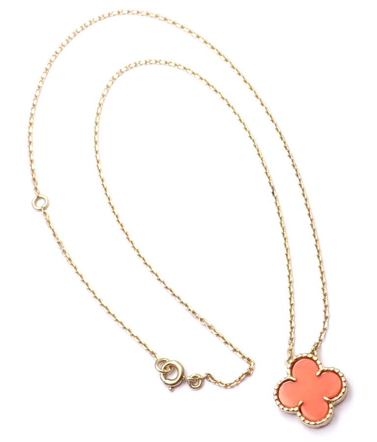 Uncut Van Cleef & Arpels Vintage Alhambra Coral Yellow Gold Pendant Necklace For Sale