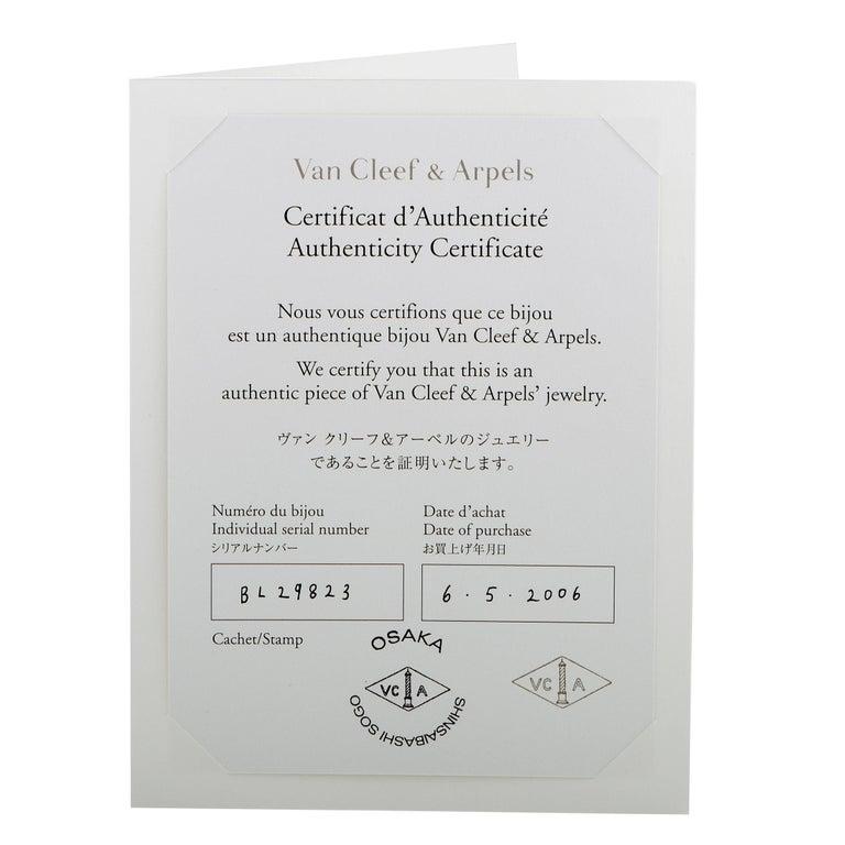 Van Cleef & Arpels Vintage Alhambra Diamond Pavé 14 Motif White Gold Necklace For Sale 3