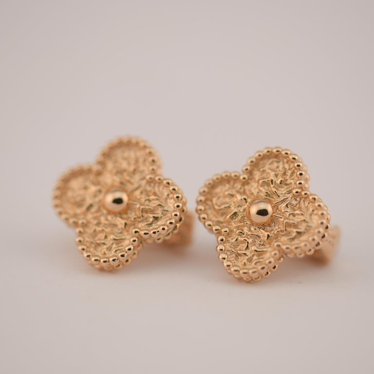 Women's or Men's Van Cleef & Arpels Vintage Alhambra Gold Earrings Medium Size with Box and Card For Sale