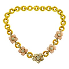 Van Cleef & Arpels Vintage Alhambra Gold Necklace with Coral and Diamond