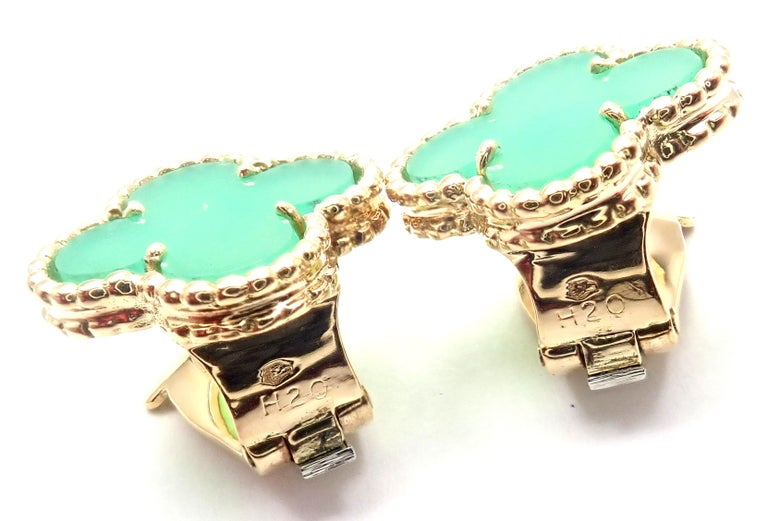 Van Cleef & Arpels Vintage Alhambra Green Chalcedony Yellow Gold Earrings For Sale 4