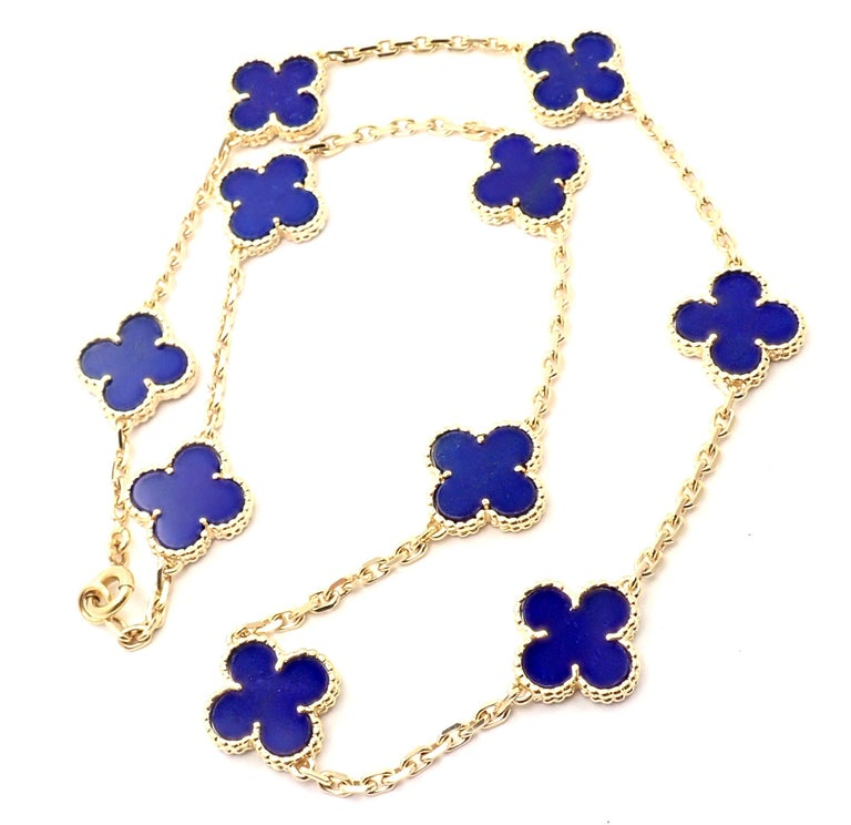 Van Cleef & Arpels Vintage Alhambra Lapis Lazuli 10 Motif Yellow Gold Necklace In Excellent Condition For Sale In Holland, PA