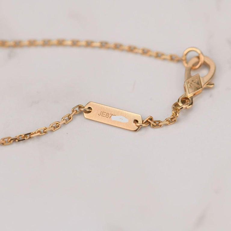Van Cleef & Arpels Vintage Alhambra Limited Edition Bullseye Pendant Necklace For Sale 5