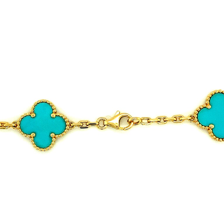 Van Cleef & Arpels Vintage Alhambra Necklace 20 Turquoise Motifs In Excellent Condition For Sale In Miami, FL