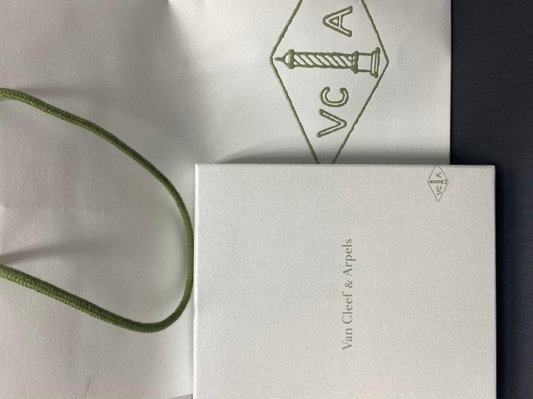 Van Cleef & Arpels Vintage Alhambra Necklace 20 Turquoise Motifs For Sale 1