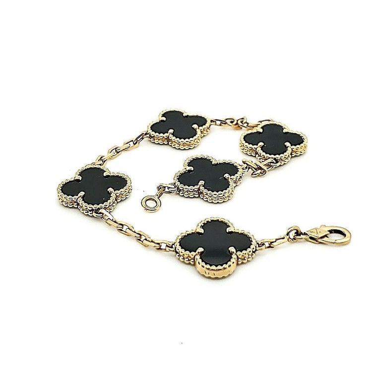 Van Cleef & Arpels Vintage Alhambra Onyx Bracelet In Excellent Condition For Sale In New York, NY