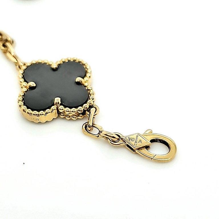 Van Cleef & Arpels Vintage Alhambra Onyx Bracelet For Sale 1