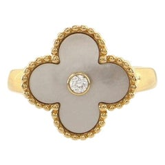Van Cleef & Arpels Vintage Alhambra Ring 18K Yellow Gold with Mother of Pearl