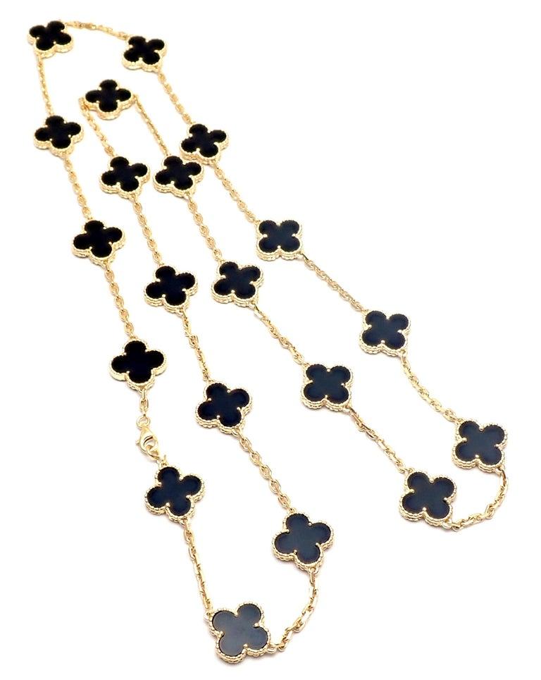 Women's or Men's Van Cleef & Arpels Vintage Alhambra Twenty Motif Black Onyx Gold Necklace