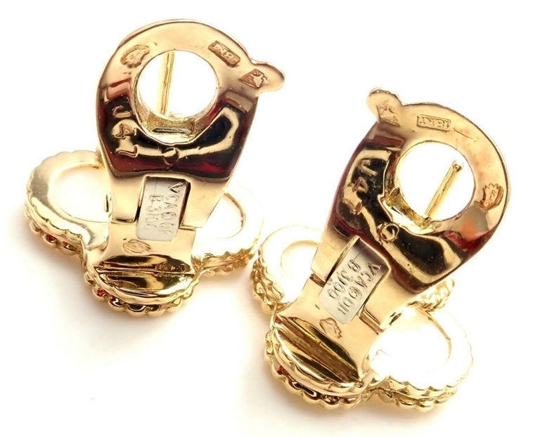 Women's or Men's Van Cleef & Arpels Vintage Alhambra White Coral Yellow Gold Earrings For Sale