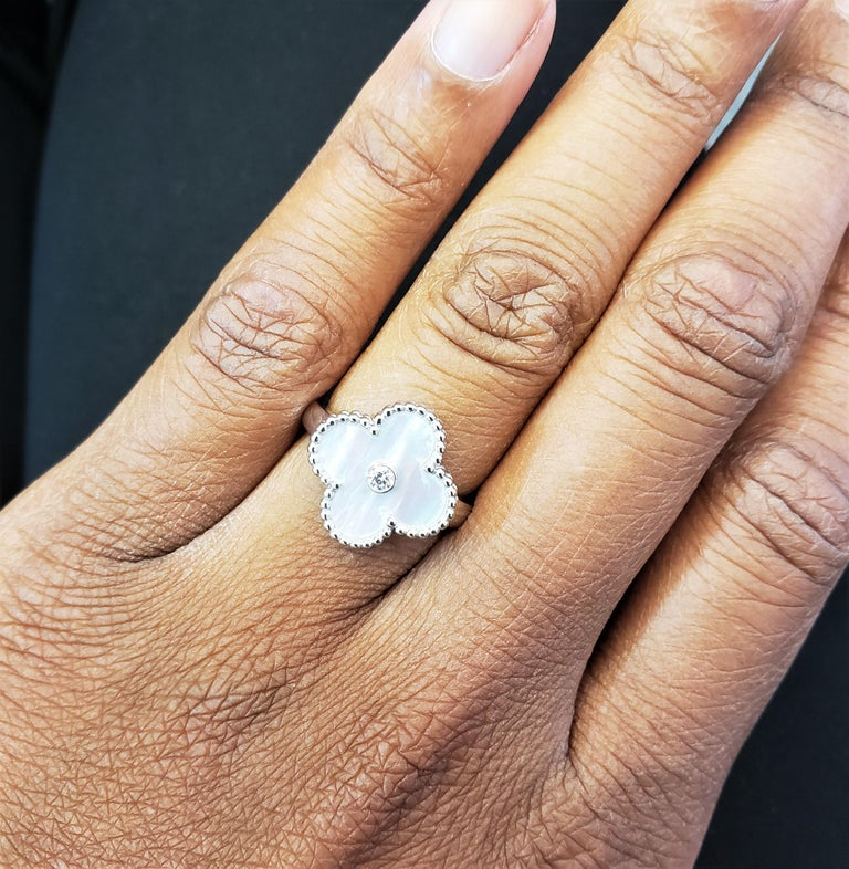 Van Cleef & Arpels 'Vintage Alhambra' White Gold Mother of Pearl Diamond Ring For Sale 4