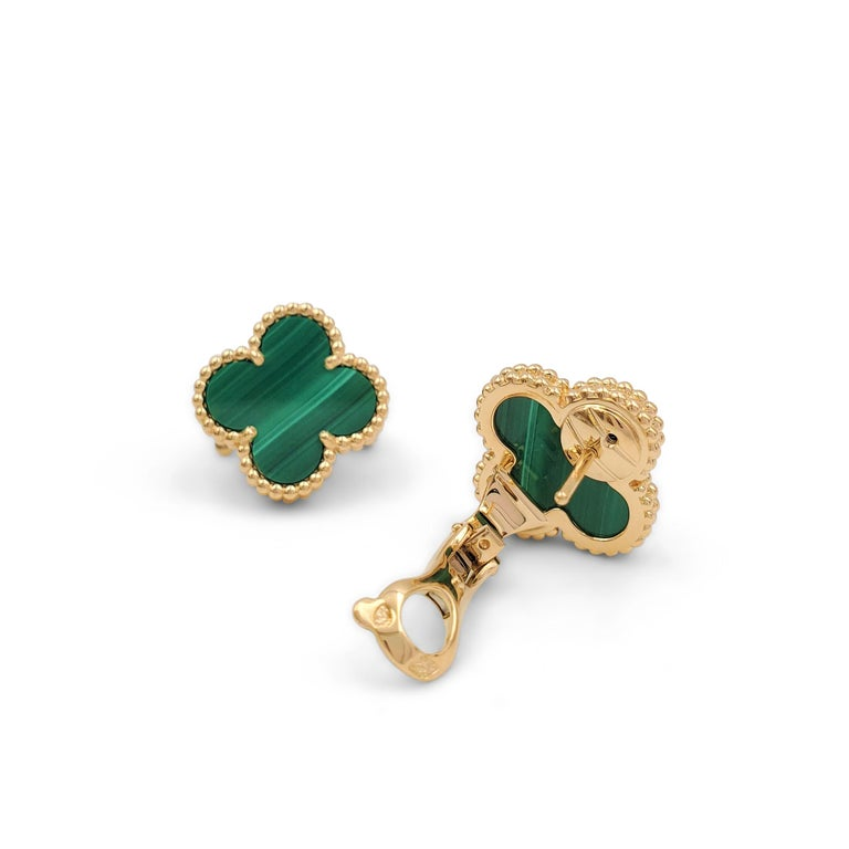 Round Cut Van Cleef & Arpels Vintage Alhambra Yellow Gold and Malachite Earrings