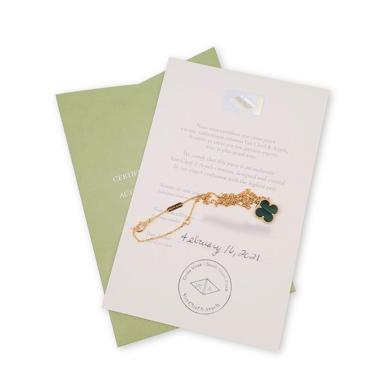 Van Cleef & Arpels Vintage 'Alhambra' Yellow Gold and Malachite Necklace For Sale 1