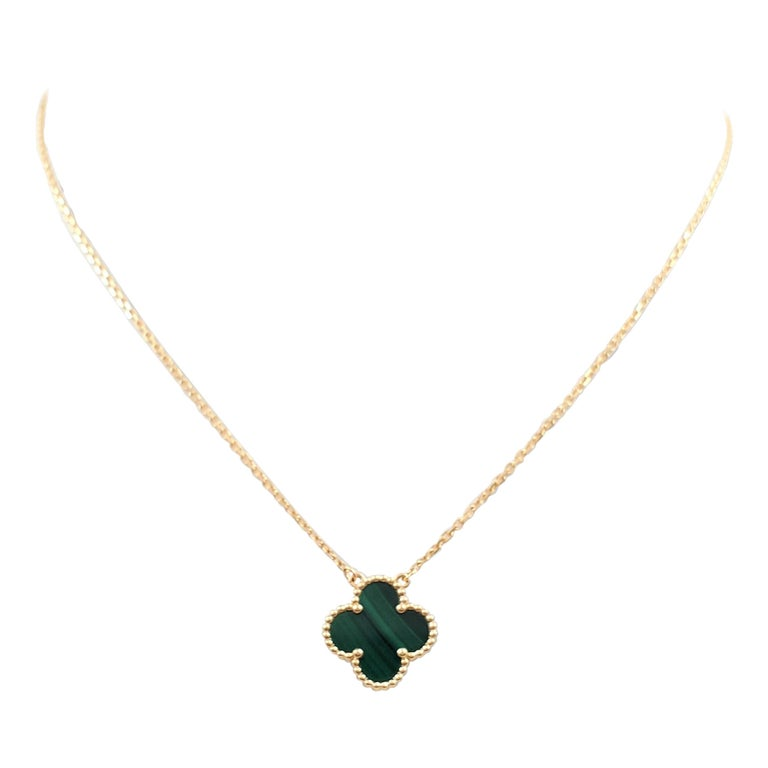 Van Cleef & Arpels Vintage 'Alhambra' Yellow Gold and Malachite Necklace For Sale